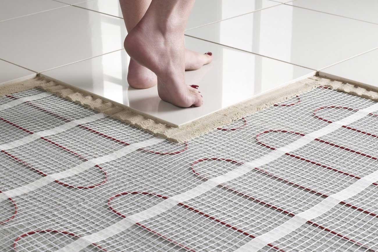 Как класть плитку в ванной, правила проведения работ 71